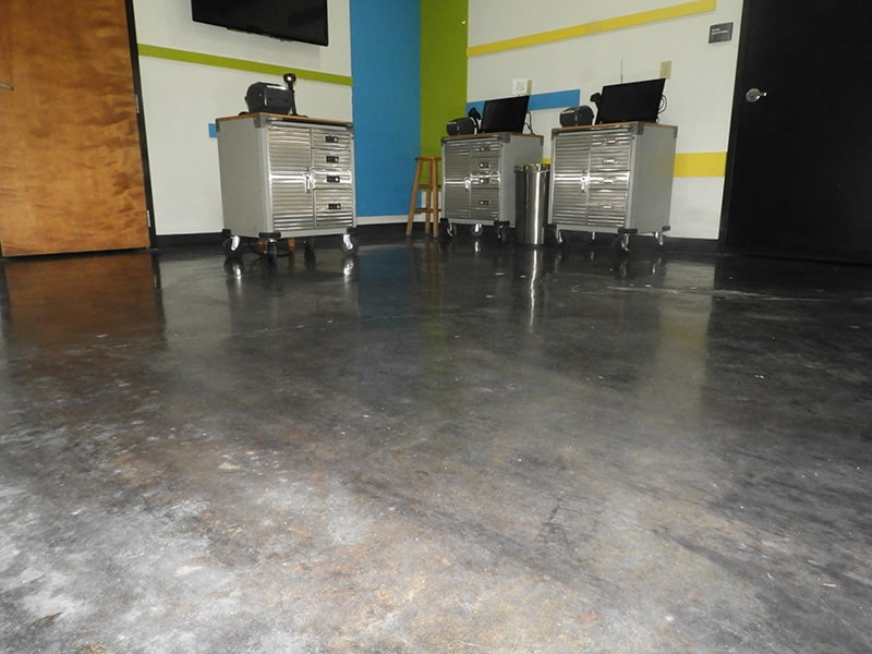 Polished-Concrete-Installation